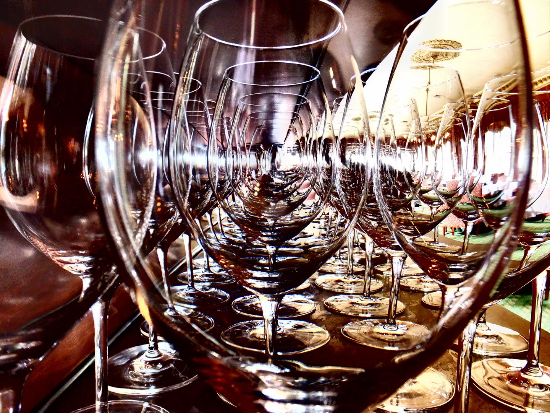 さあ、グラスのご用意はいいですか? 11月17日、みんなで集って楽しみましょう!