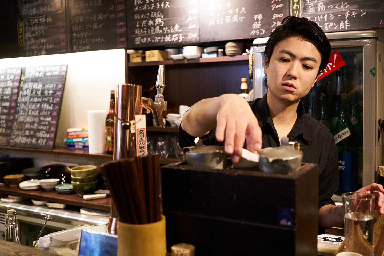 お燗のように、温度帯の変化によって異なる味わいが楽しめるのも、日本酒の特徴。身体と心が温まるお燗で、新たな日本酒の扉が開いたという女性も多い