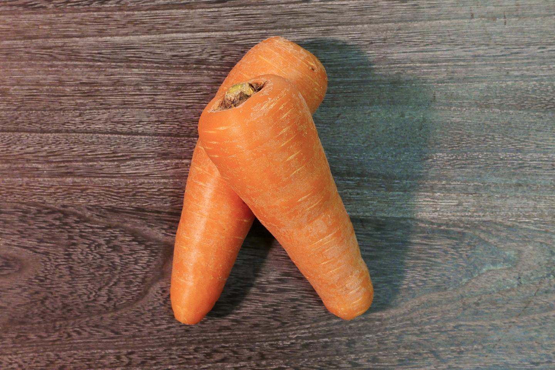 ニンジンは、ビタミンCや食物繊維を含む根菜で、特に免疫力を高めるβカロテン(ビタミンA)が豊富