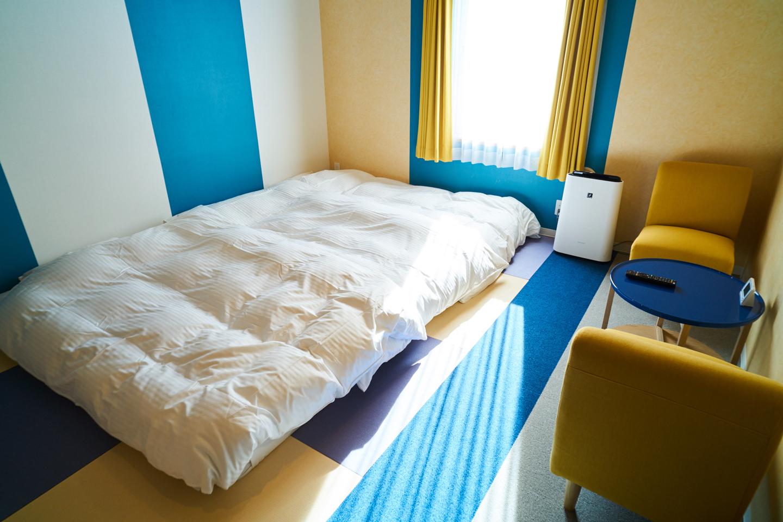 ロータイプのベッドにすることで、広々と空間を使える「ファミリー和室」