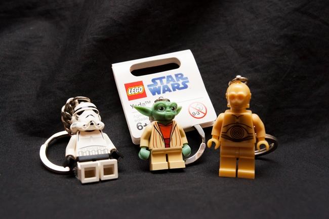 ファンならおなじみのレゴのキーホルダー。STAR CASEにはすでに販売が終了してしまったものも! ストームトルーパー、ヨーダ、C-3POは特に女性に人気。各972円