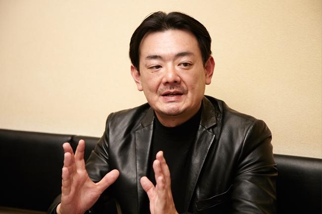 東京・池袋に本社を構えるインポーター、ヌーヴェル・セレクションの代表取締役社長・上田巨樹さん。