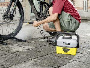 ↑泥で汚れた自転車を洗う場合に便利
