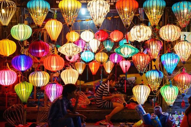 ↑ベトナム・ホイアンにて