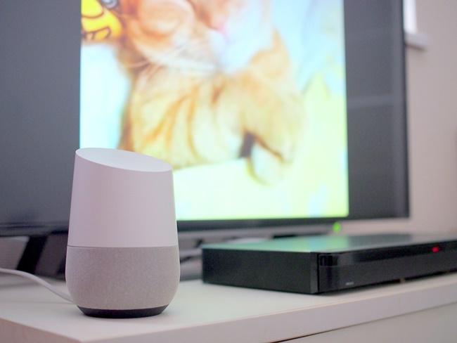 Google Homeは「YouTube」や「Netflix」などの動画の検索、早送りなどの音声操作に対応する