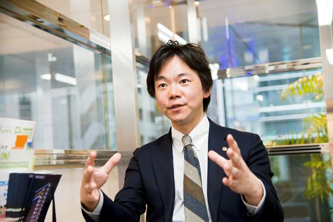 ↑大和エステート新宿店の店長、高野光博さん