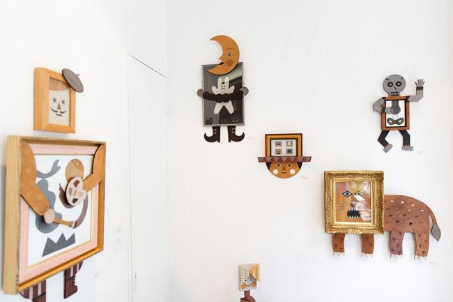 2018年8月に都立大学の額縁屋newtonで開かれていたtupera tupera exhibition「額縁さん」で展示販売されていた壁掛け作品と、その展示風景