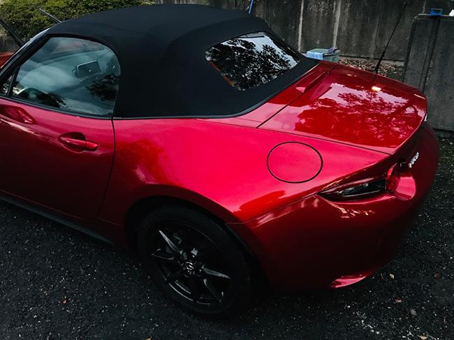 ↑佐々木さんが今年新しく買ったものは車。必要なモノはしっかり選んで買い、モノを買うことも楽しめる生活に!