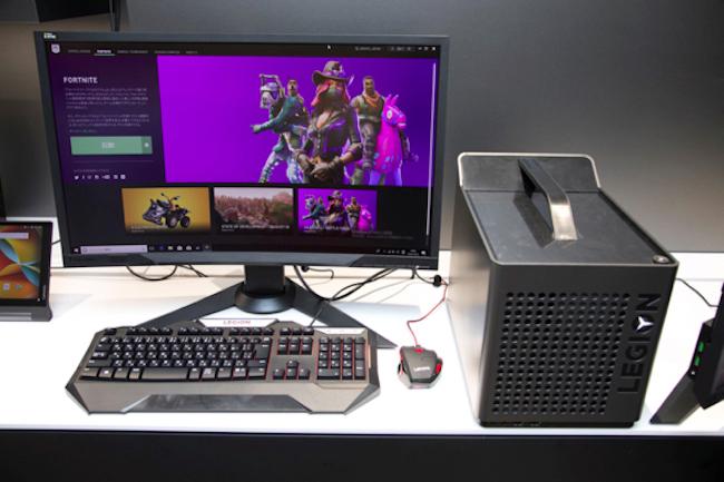 プレイにはゲーミングPCと呼ばれる、ハイパフォーマンスな専用マシンが使われます。