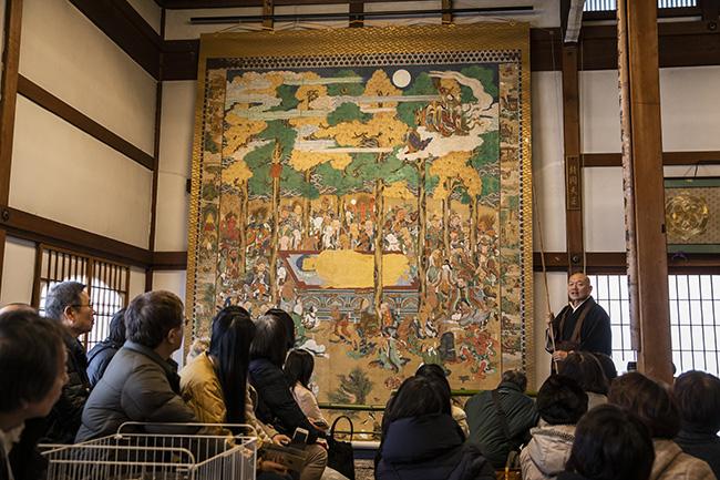 ↑江戸時代に描かれた、転法輪寺の釈迦大涅槃図。