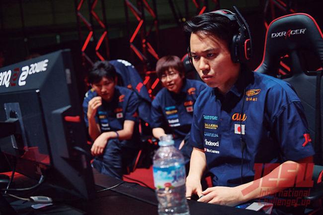 ↑ゲームを競技として楽しむ「eスポーツ」。世界的な大会も開かれ注目されている (C)日本eスポーツ連合