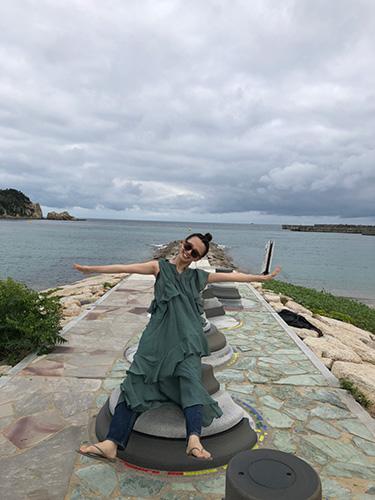 「日本にはまだ知られてないけど、素敵な場所がいっぱい! これは糸島の海」