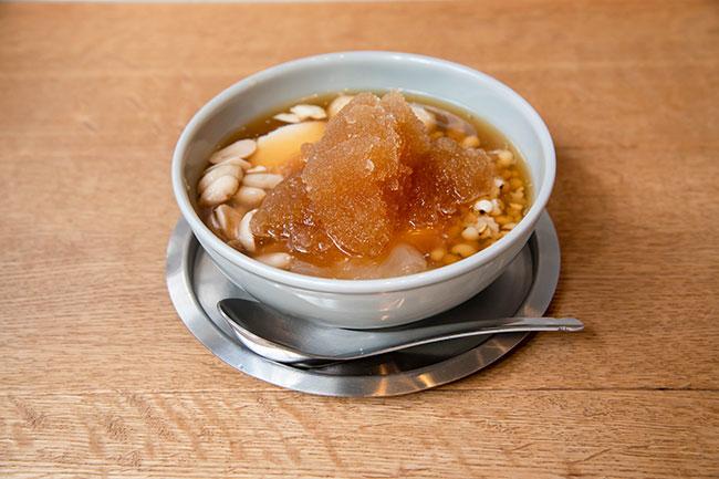 さっぱりしたものが食べたい暑い日は、シロップをフローズン状にしたものを選ぶのもアリ。