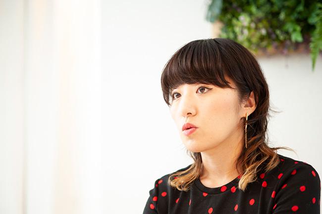 「カウカモ」編集部の編集長、伊勢谷亜耶子さん。