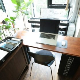 20200721_atliving_desk_main