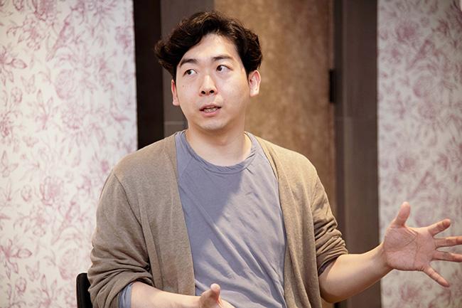 『アフターデジタル』の著者、藤井保文さん。