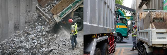 赤いヘルメットを被った社員は、運び込まれるゴミの内容をチェックし、量をはかって受け入れ料金を決めます。受け入れできないゴミが混ざっていないかも厳しくチェックしなければならない、責任重大の大切な仕事です。